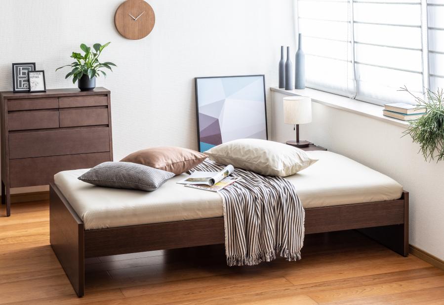 カリモクのベッドはこちら